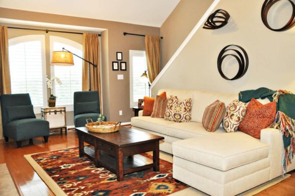 latte by sherwin williams – modern living room with eclectic features to express your style